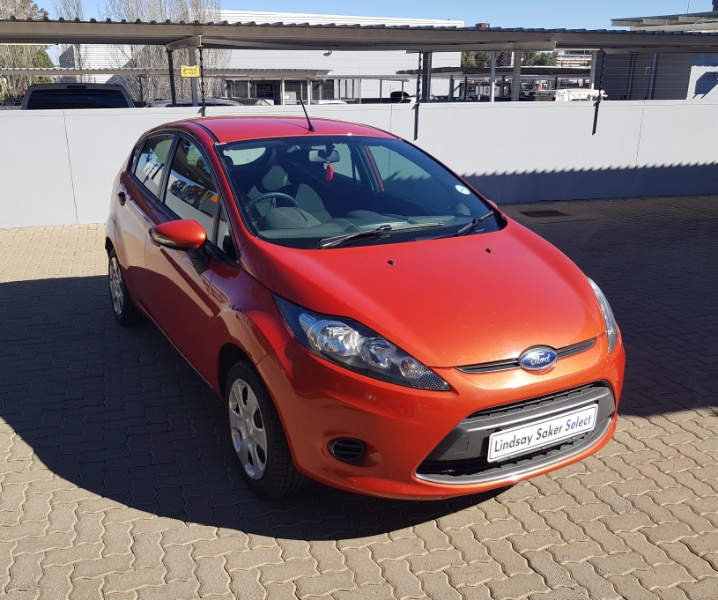 2011-10-14 12:00:00 AM FORD FIESTA 1.4i AMBIENTE 5Dr