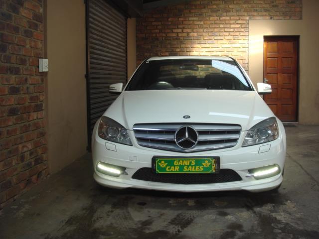 2010 Mercedes-Benz C350 Cdi Elegance A/T Image2