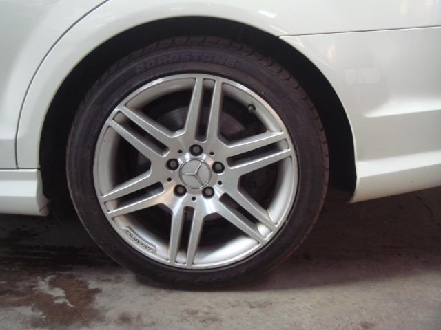 2010 Mercedes-Benz C350 Cdi Elegance A/T Image4
