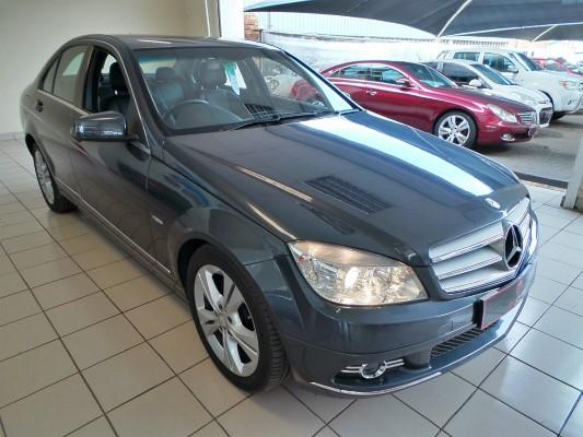 Mercedes-Benz C220CDI BlueEfficiency Classic