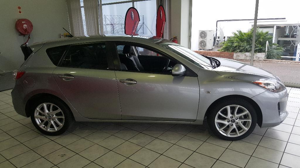 2014 Mazda 3 1.6 Sport Dynamic Image2