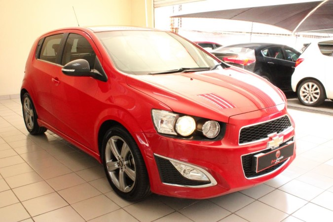 Chevrolet Sonic hatch 1.4T RS
