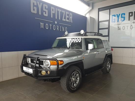 Toyota FJ CRUISER 4.0 2011