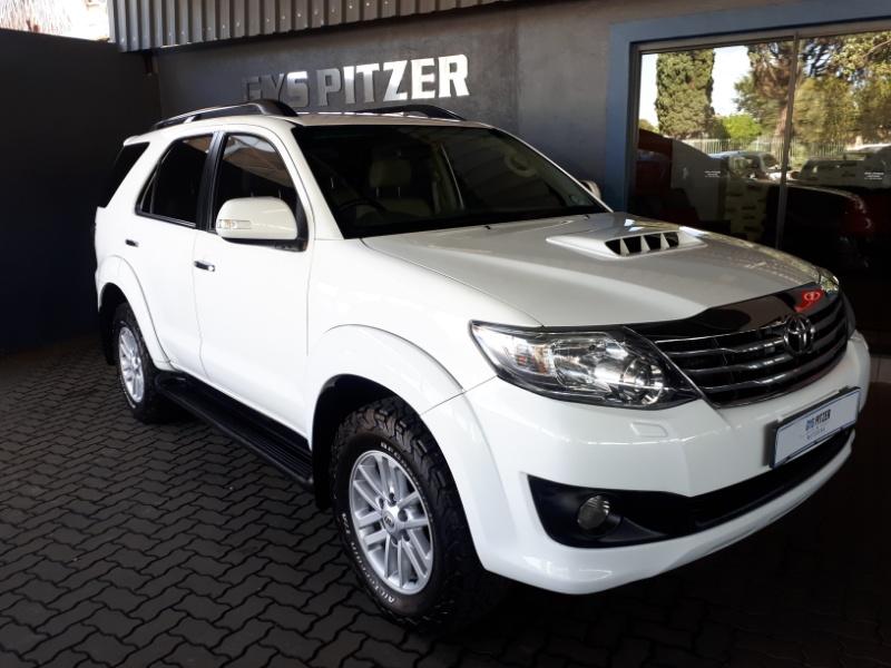 Toyota FORTUNER 3.0 2013