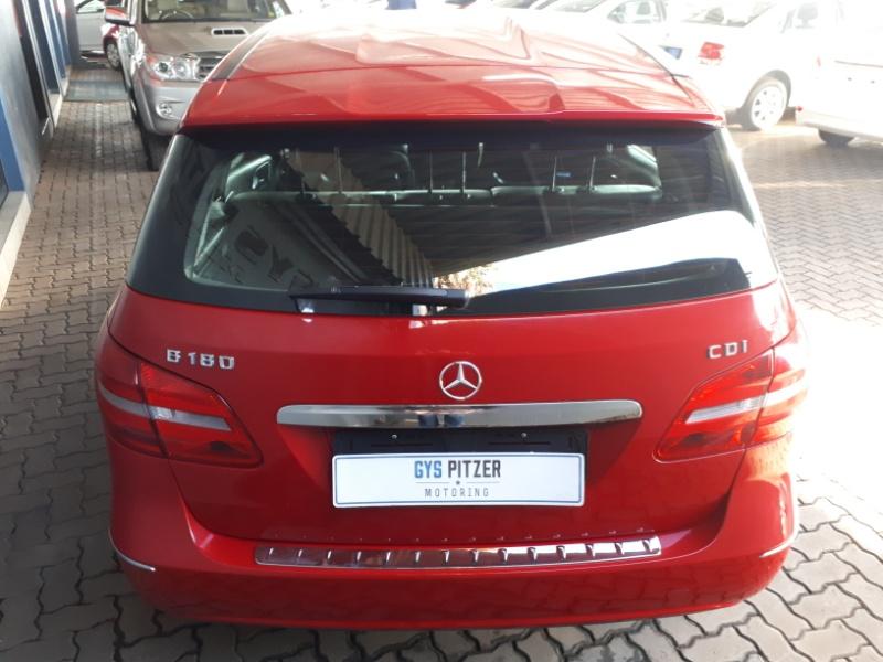 2014 Mercedes-Benz B 180 CDI BE A/T Image3