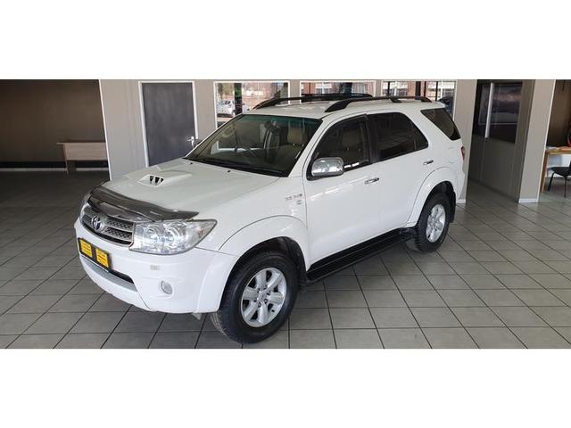 Toyota Fortuner 3.0 2010
