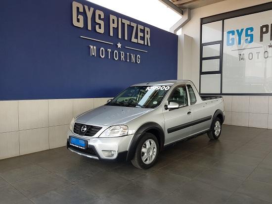Nissan Np200 1.5 2011
