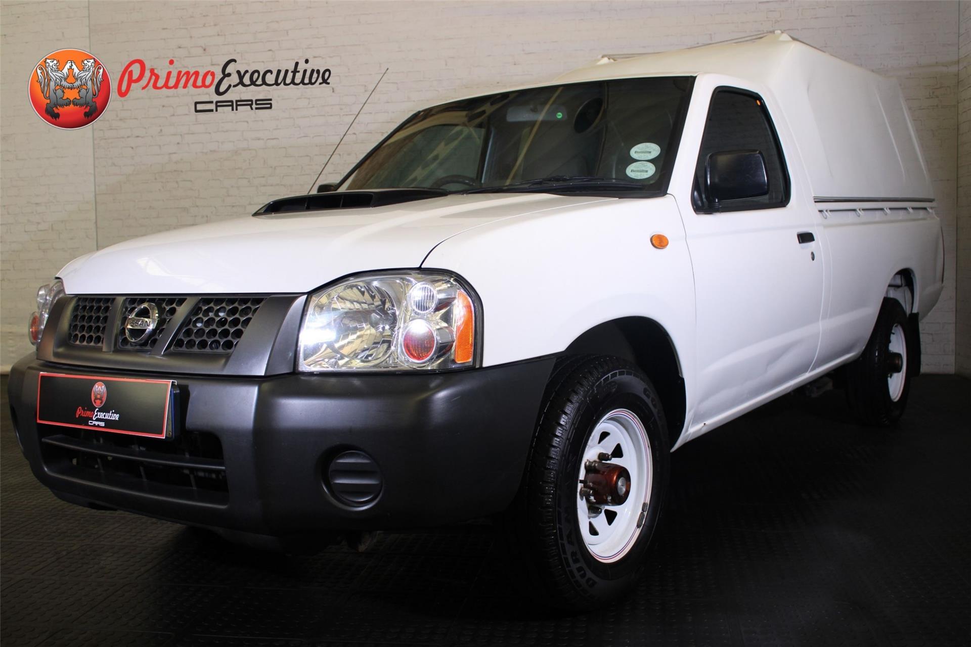 Nissan NP300 Hardbody 2.5 TDi LWB P/U S/C