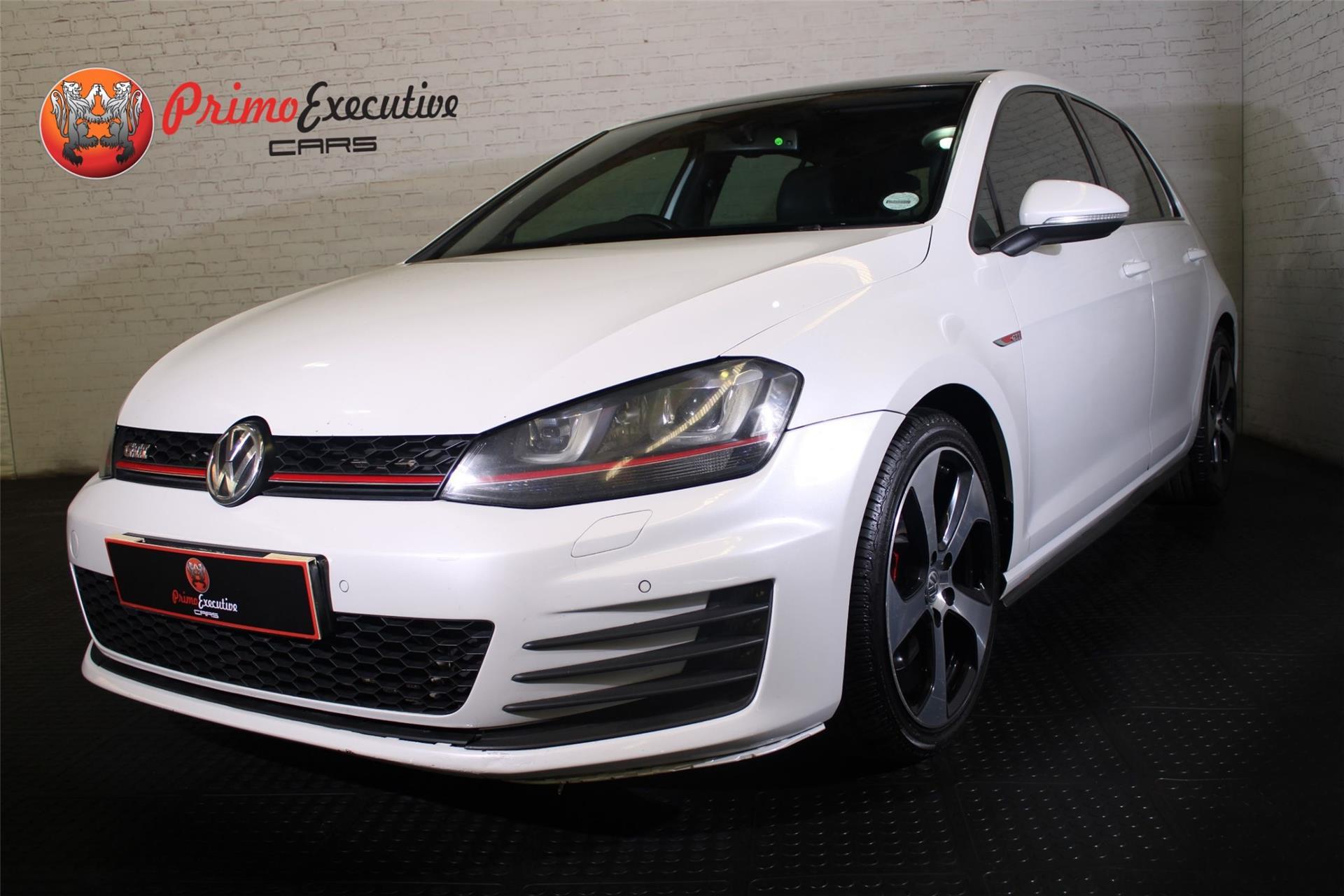 Volkswagen Golf 2.0 TSI GTI DSG