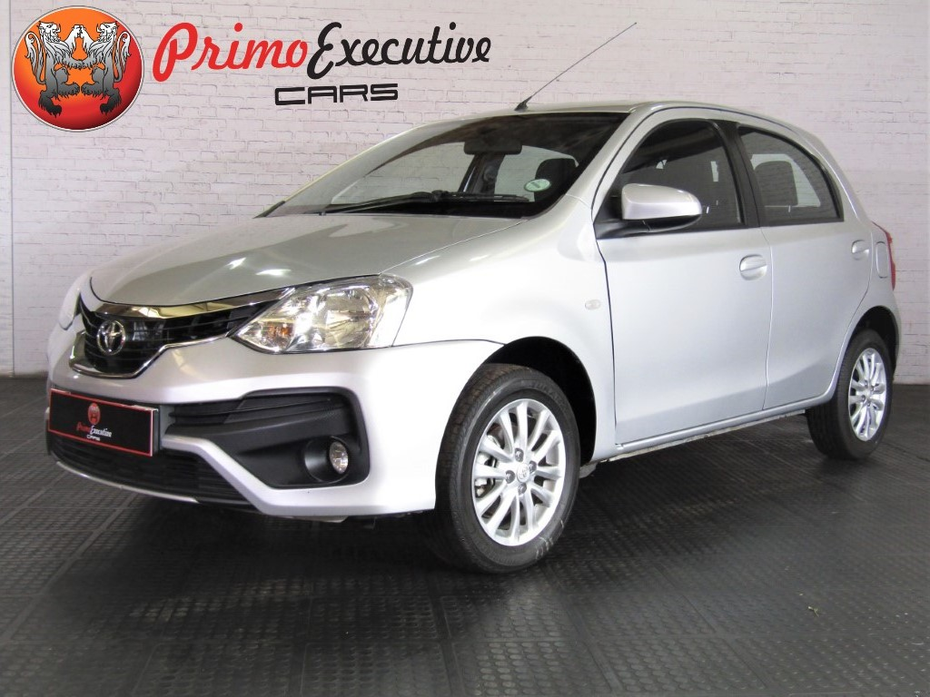 Toyota Etios hatch 1.5 Sprint