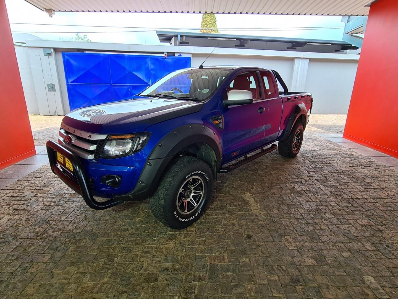 Ford RANGER 3.2 2012