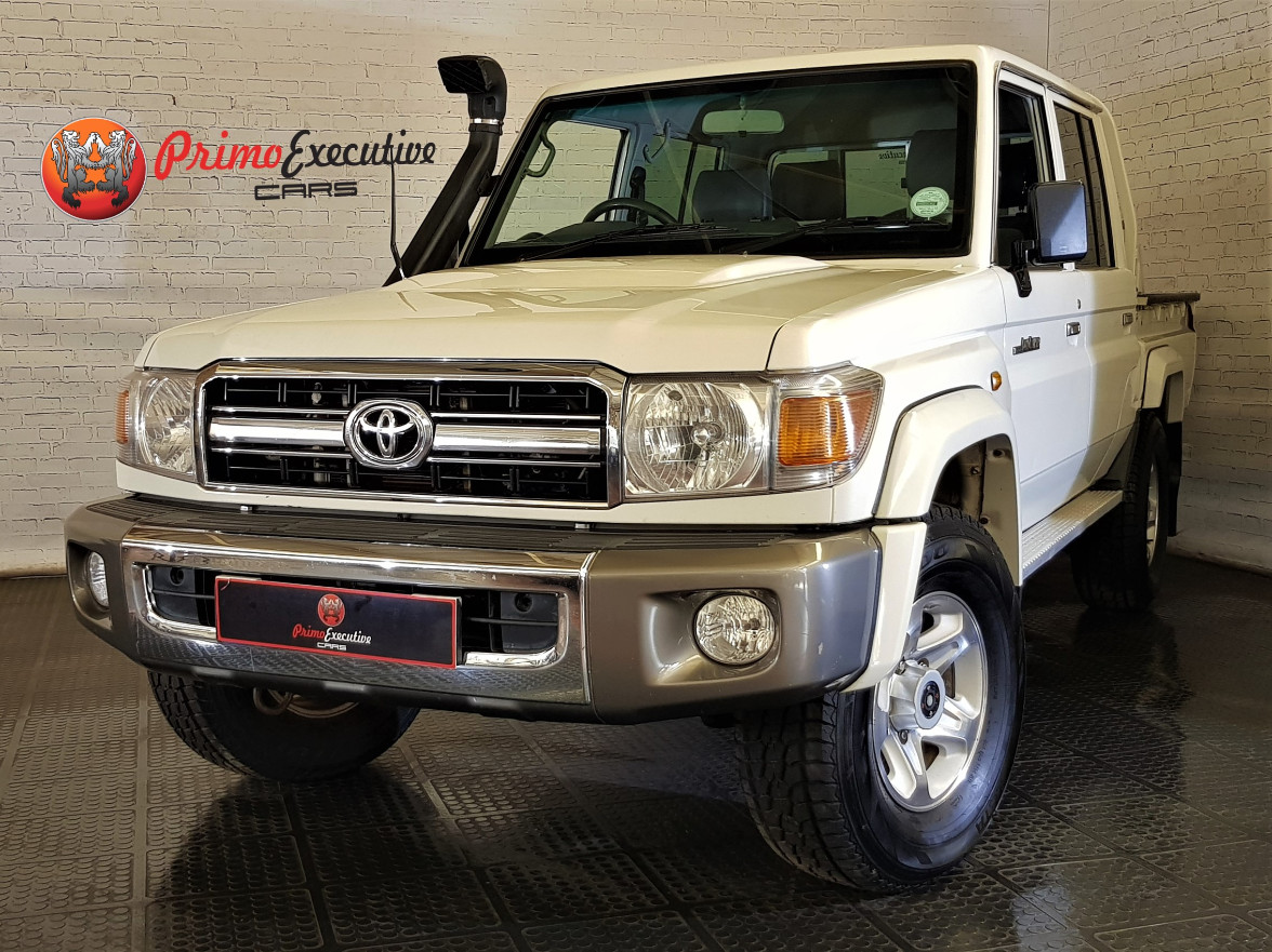 Toyota Land Cruiser 79 4.2D double cab