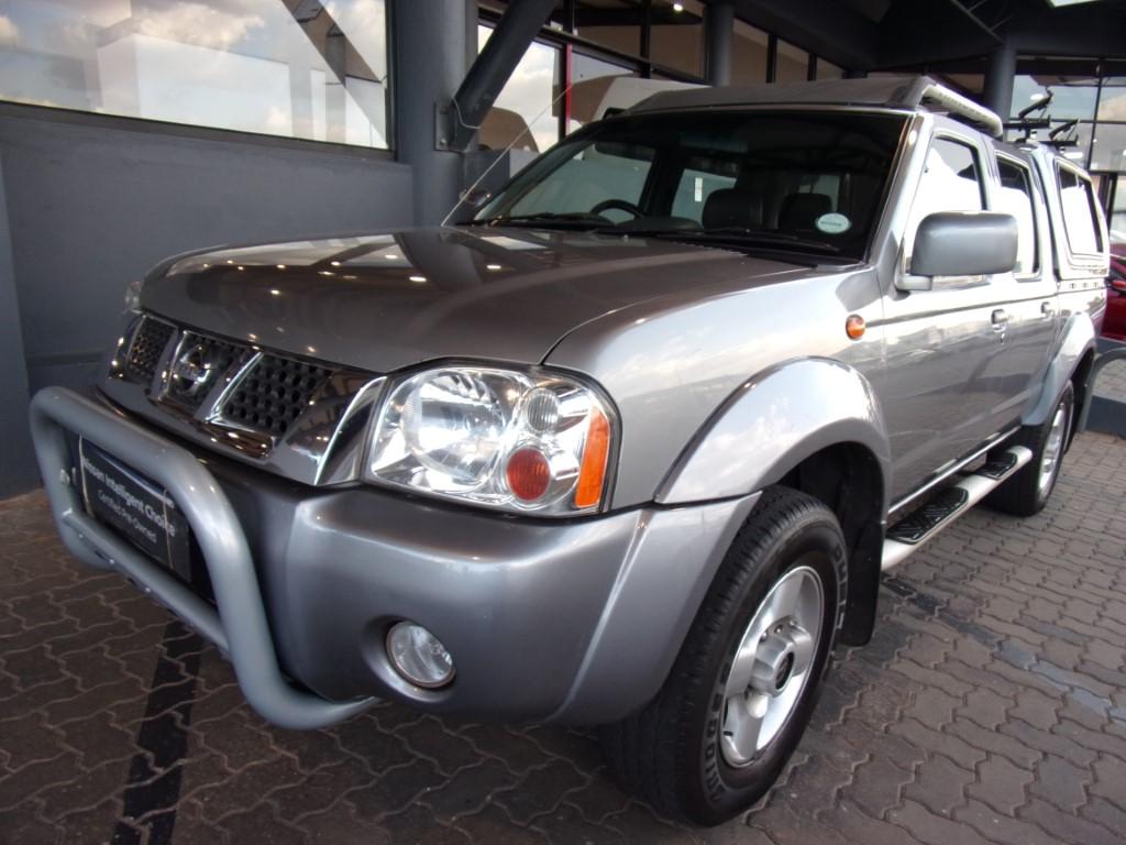Nissan Hardbody 3300 2004