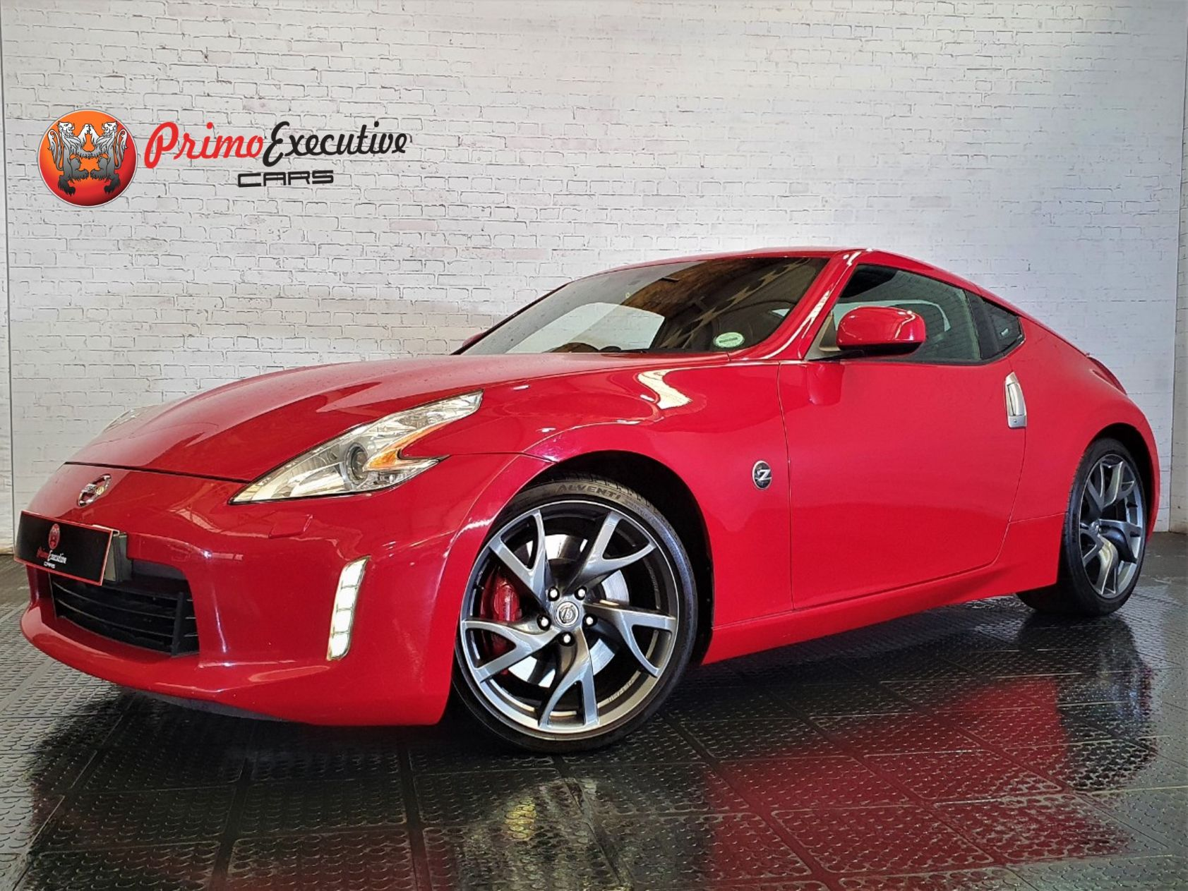 Nissan 370Z Coupe AT